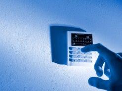 Zabezpieczenie mieszkania czy domu alarmem